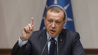 """Erdogan: """"Turquia dirá adeus à UE se negociações não avançarem"""""""