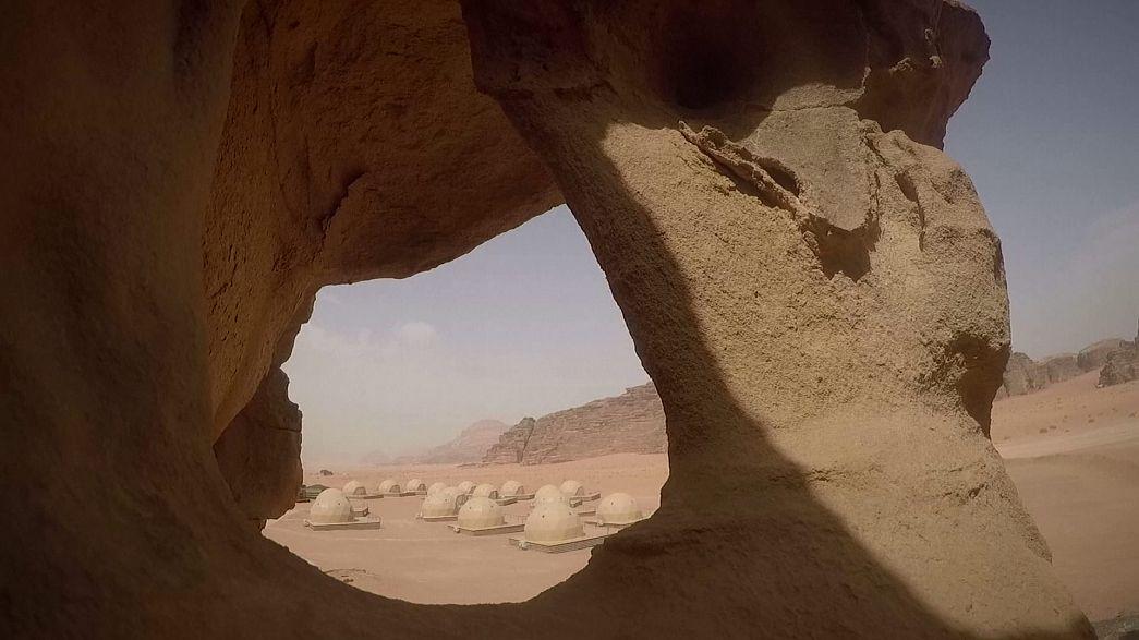 """Giordania: il campo dei beduini è un resort di lusso """"un'esperienza marziana"""""""