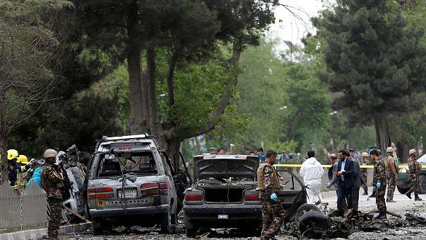 مقتل ثمانية وإصابة نحو ثلاثين بجروح في تفجير سيارة مفخخة بالعاصمة الأفغانية