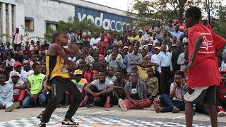 Des combats de danse dans les rues de Goma en RDC [no comment]