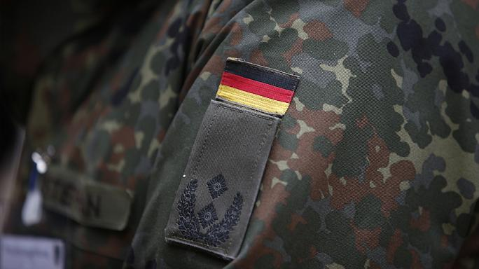 """Extrême-droite : les """"moutons noirs"""" de l'armée allemande"""