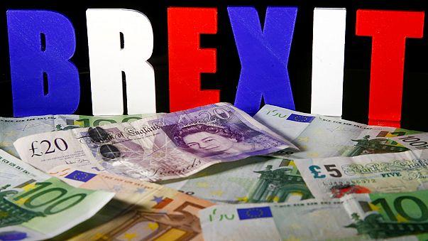 """Великобритания: экономический рост накануне выборов и """"брексита"""""""