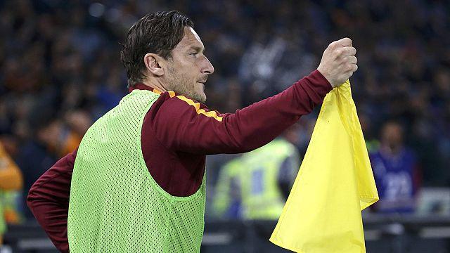 """O adeus de Francesco Totti, o """"eterno capitão"""" da AS Roma"""