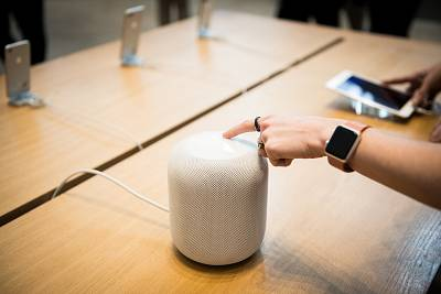 An Apple HomePod speaker at a store in New York on Feb. 9, 2018.