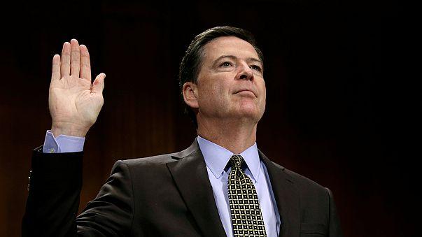 Le patron du FBI se défend d'avoir influencé la campagne présidentielle