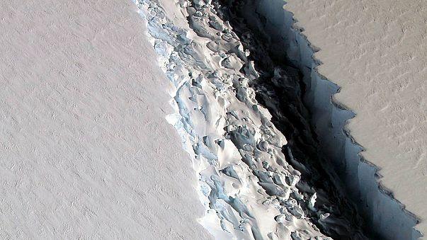 Két Luxemburgnyi méretű jéghegy szakadhat le a sarki jégből