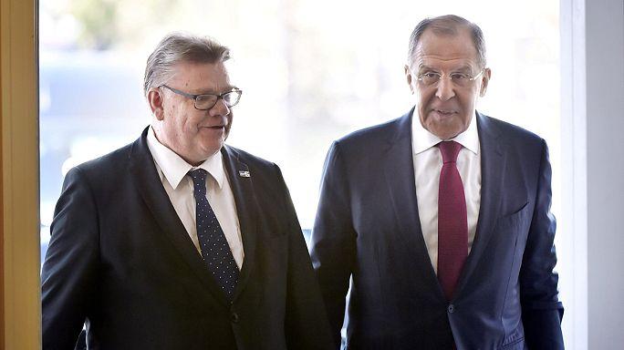 Russlands Außenminister zu Besuch in Finnland