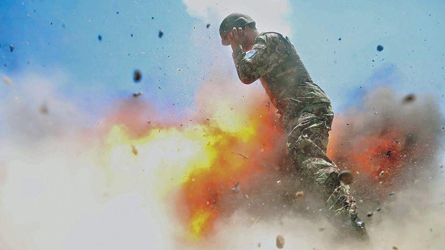 الجيش الأميركي يكشف صورة وثقت لحظة مقتل إحدى مجنداته في صورة التقطتها عدسة المجندة نفسها
