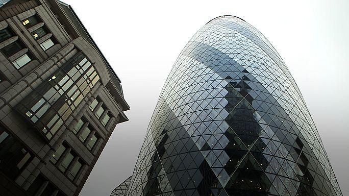 Una decena de bancos de inversión preparan su mudanza parcial de la City