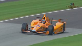 Fernando Alonso testet in Indianapolis