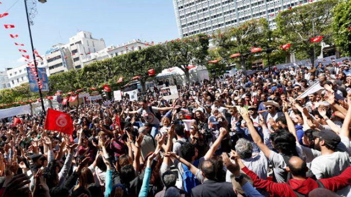 تواطؤ أجهزة دولة تونسية في التهريب على الحدود