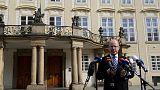 La démission du Premier ministre tchèque repoussée
