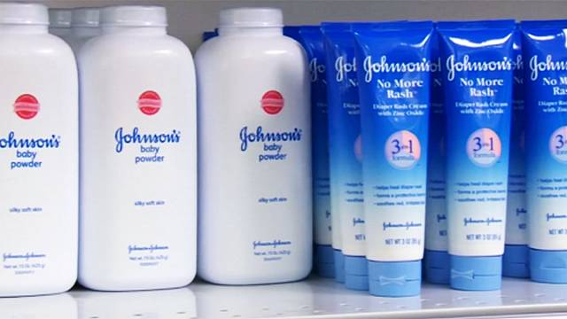 Johnsons &Johnson: risarcimento record a una donna ammalatasi di cancro alle ovaie