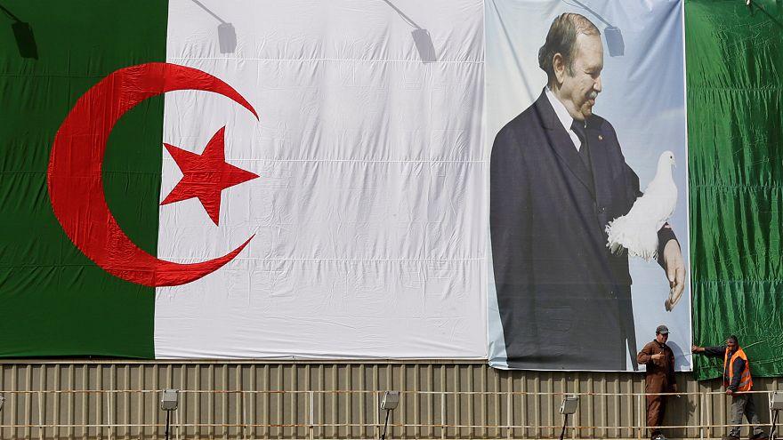 El partido del presidente Abdelaziz Buteflika gana las legislativas de Argelia