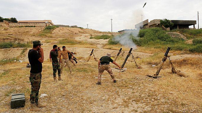 Exército iraquiano aperta cerco a EI no centro de Mossul