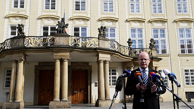 Czech Prime Minister Sobotka reneges on threat to quit over rival