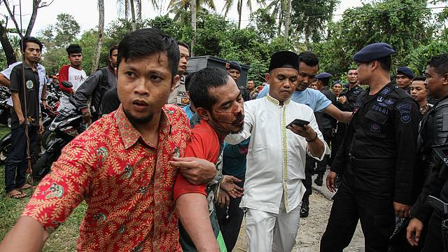 Unos 200 presos se fugan de una cárcel de la isla de Sumatra, en el oeste de Indonesia