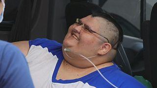 El hombre más obeso del mundo, a punto de ser operado en México