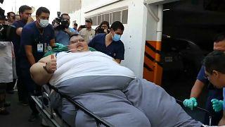 أسمن رجل في العالم يبدأ مشواره مع الحمية على خطى المصرية ايمان أحمد