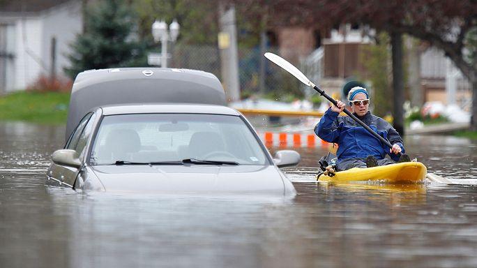 Kanada rekor yağışların ardından sele teslim