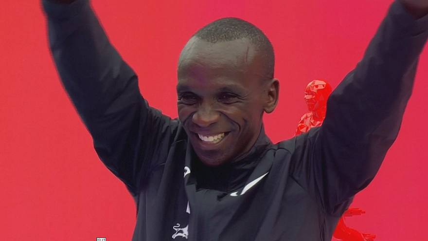 Kenya's Eliud Kipchoge narrowly misses bid to break two-hour marathon