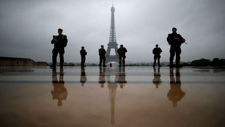 تشدید تدابیر امنیتی در فرانسه در آستانه انتخابات ریاست جمهوری