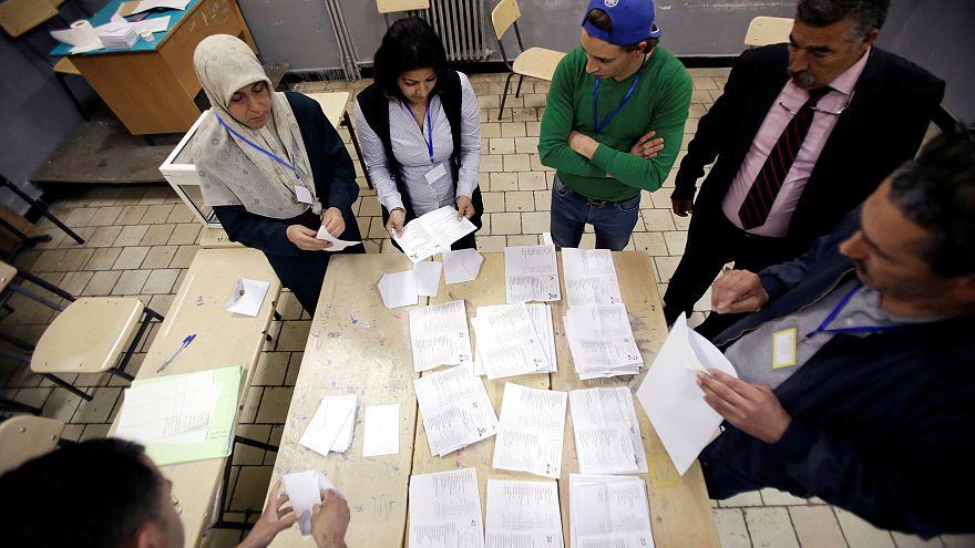 الجزائر: حركة اسلامية معارضة تتهم الحكومة بتزوير الانتخابات