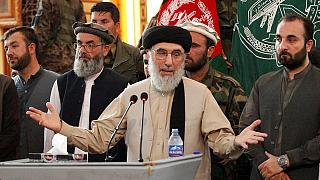انتقادها به حکمتیار پس از بازگشت به افغانستان