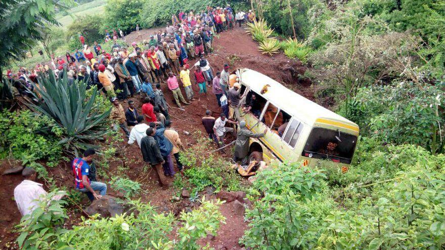 مقتل أكثر من ثلاثين شخصا معظمهم من الأطفال في حادث مروري في تنزانيا