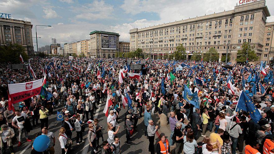 مظاهرة من أجل الحرية ضد السلطة المحافظة في بولندا