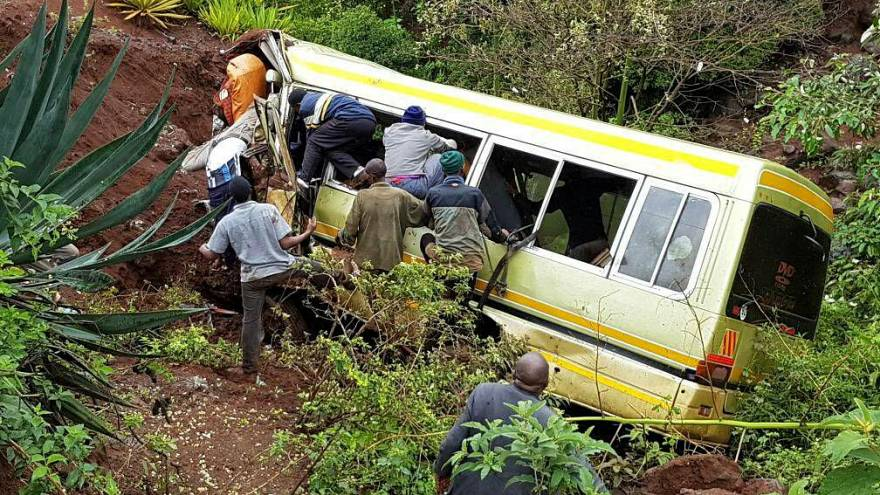 32 schoolchildren killed in Tanzania bus crash