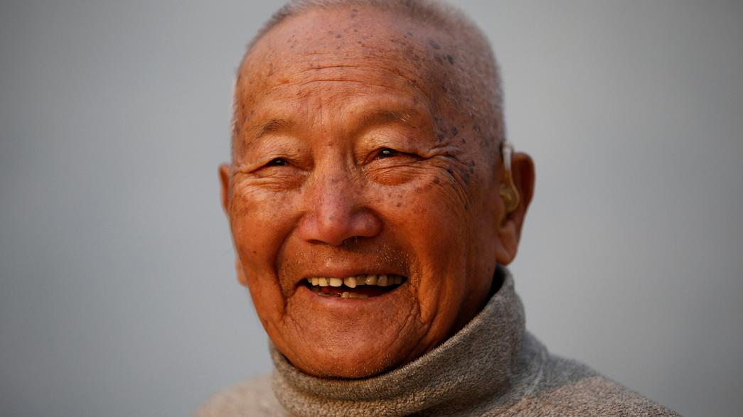 Ορειβάτης 85 ετών πέθανε πριν ανεβεί στο Έβερεστ