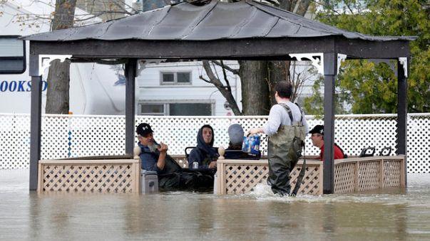 الجيش الكندي يتدخل لمواجهة الفيضانات