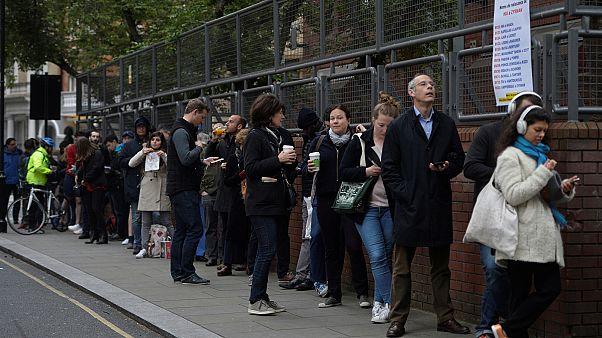 Domingo de espera para votar de los franceses expatriados en Londres