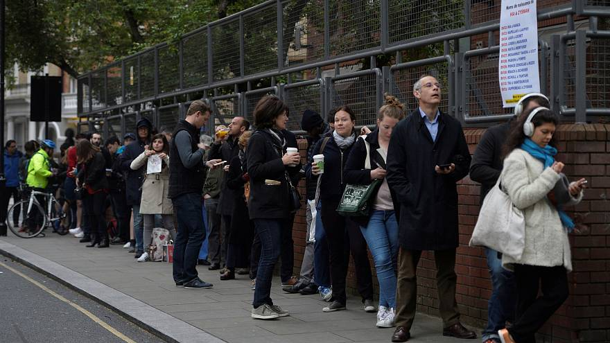 Long queues in London