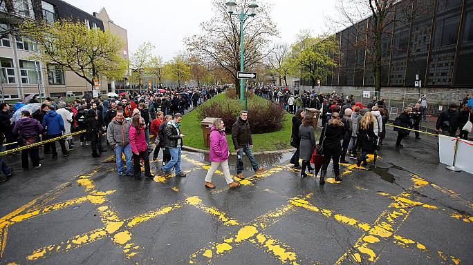 French expats queue to cast their vote