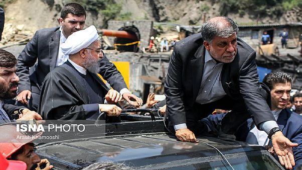 اعتراض معدنچیان خشمگین هنگام حضور روحانی در آزادشهر