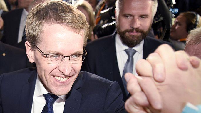 Almanya'da eyalet meclisi seçimini Merkel'in partisi kazandı