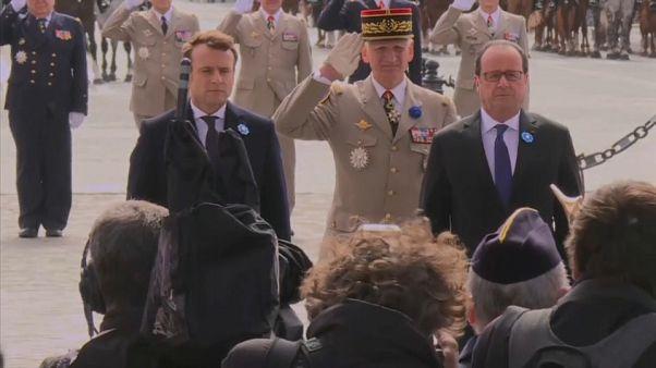 ماكرون وهولاند يحتفلان معا بيوم النصر في باريس