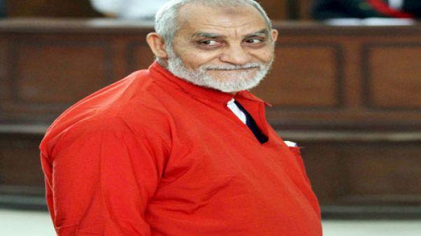 """مصر: الحكم المؤبد على مرشد الاخوان المسلمين """"محمد بديع"""""""