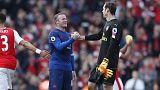 Mourinho concentra-se na Liga Europa e perde com Wenger pela primeira vez