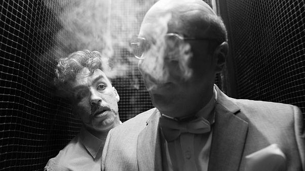 «Οι επιβάτες»: Ψυχαναλυτής και ασθενής κλεισμένοι σε ένα ασανσέρ