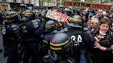 Fransa'da Macron karşıtları polisle çatıştı