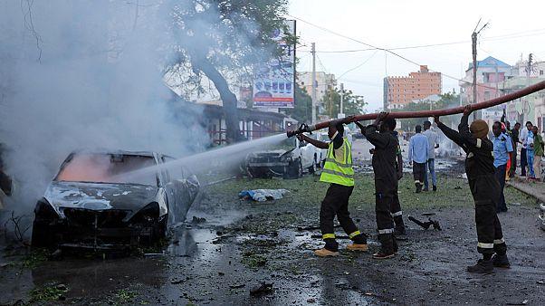 Al menos seis muertos por la explosión de un coche bomba en el centro de Mogadiscio
