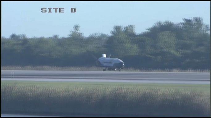 عودة طائرة التجسس الاميركية الى الارض بعد 718 يوماً في المدار
