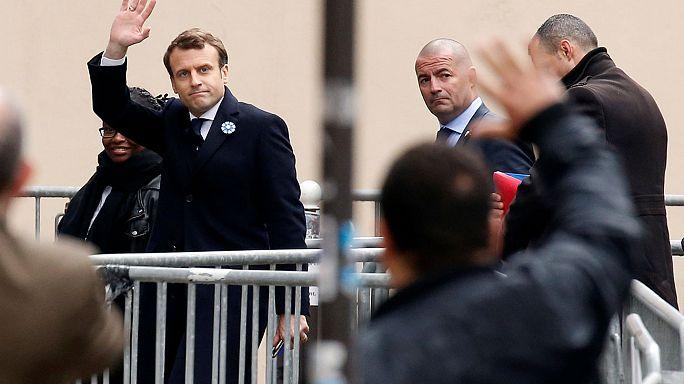 Emmanuel Macron en marche pour les législatives