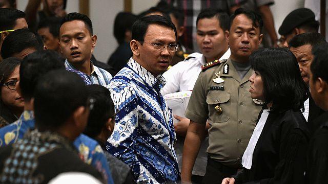Индонезия: столичного губернатора посадят за богохульство