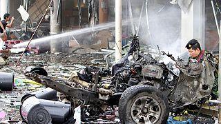 أكثر من 50 جريحاً في انفجار سيارة مفخخة في منطقة فطاني