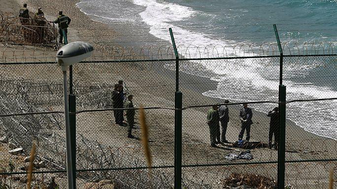 اجتياز 100 مهاجر للسياج الحدودي بين المغرب واسبانيا