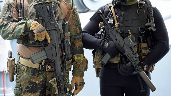 Alemanha: um 3° detido no caso da extrema-direita no exército alemão